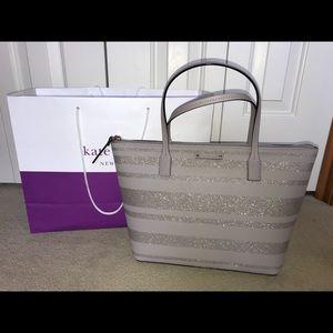 BRNAD NEW Kate spade purse